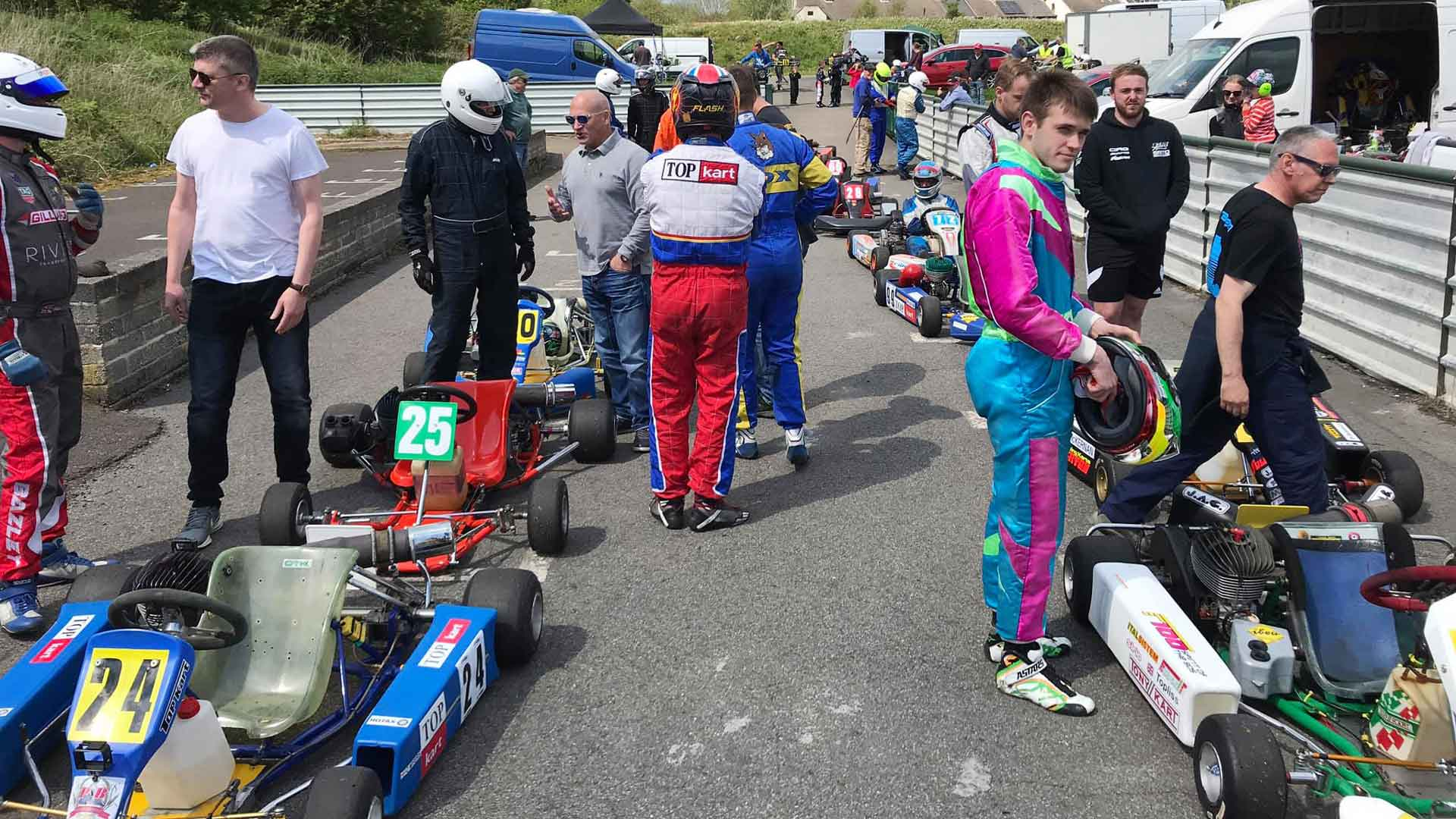 F100UK Raceday Paddock Grid